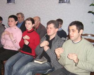 Група глухих у Миргородській церкві ЄХБ